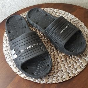 Mens size 11 New Balance slides